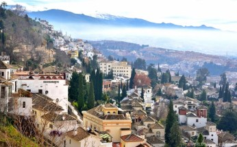 One could definitely get used to waking up to this view, the one we got from our Alhambra Palace Hotel's room in Granada.