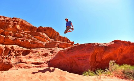 And here is our friend Emmanuele making us all jealous with his jumping skills. Jordan is waiting for you!