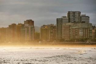 1. San Lorenzo beach at sunrise - Fun Things To Do In Gijon Rain or Shine - A World to Travel (3)
