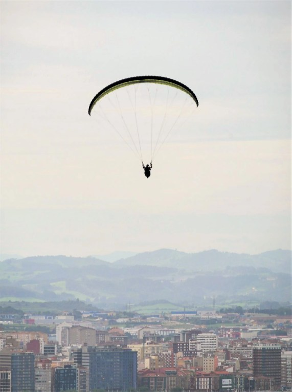 4. Paraglide over Gijon cliffs - Fun Things To Do In Gijon Rain or Shine - A World to Travel (12)