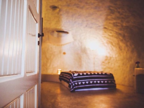 7. caveland-hostel-santorini - Cool Hostels in Europe for Couples - A World to Travel