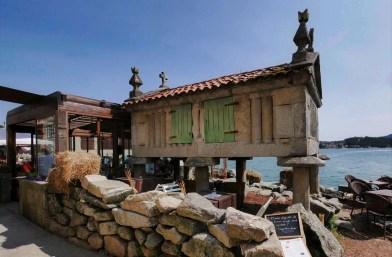 Horreos de Combarro - Poio - Terras de Pontevedra - A World to Travel (1)