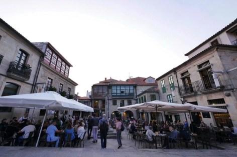 Loaira restaurant - Praza da Leña - Pontevedra - A World to Travel
