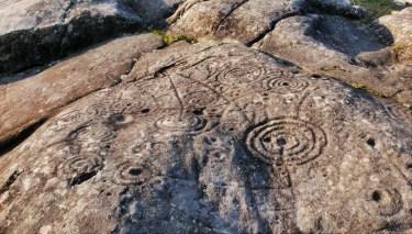 Petroglyphs of Mogor - Terras de Pontevedra - A World to Travel (1)