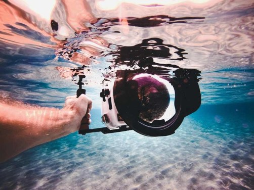 Underwater videography - Tips for Creating Amazing Travel Videos - A World to Travel