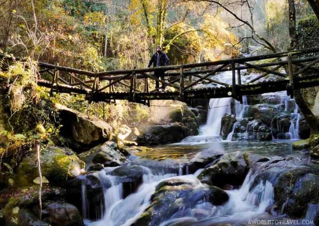 Queda de Agua do Ribeiro de Sampaio - Cinfaes - Montanhas Magicas Road Trip - Portugal - A World to Travel (4)