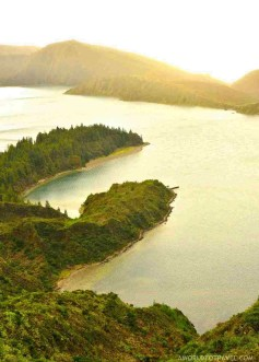 Lagoa do Fogo - Best Photography Locations in Sao Miguel - Azores Road Trip - A World to Travel (61)