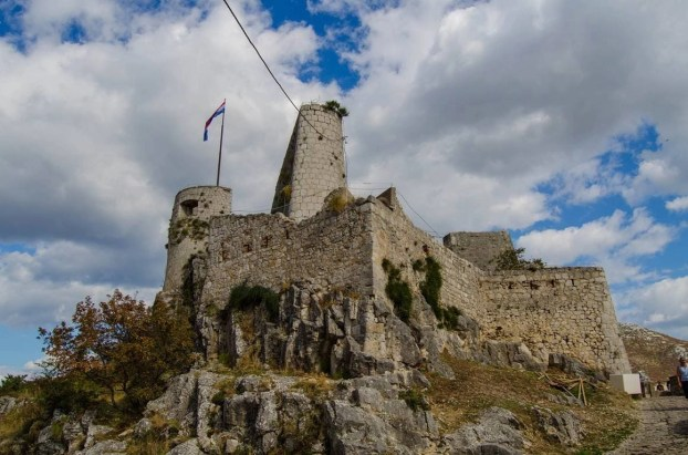 Kliss Fortress castle - 10 Day Croatia Itinerary From Dubrovnik to Zagreb - A World to Travel