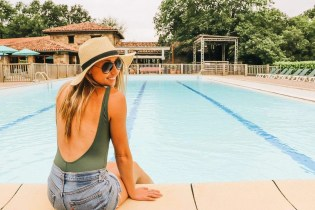 Glisten Glamping Pool area - Epic Destinations Camping South of France - A World to Travel (3)