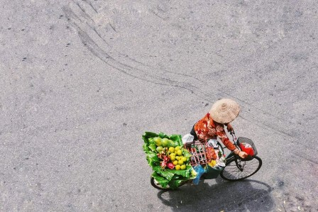 Hanoi woman - Best places to visit in Vietnam - A World to Travel