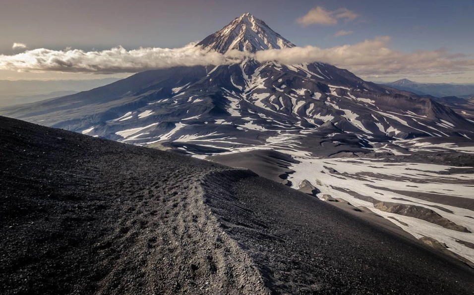 Kamchatka Peninsula (2) - Things That will make you Visit Siberia - A World to Travel