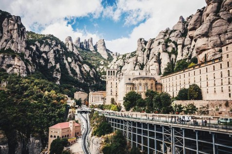 Montserrat (2) - Hiking Routes in Spain - A World to Travel