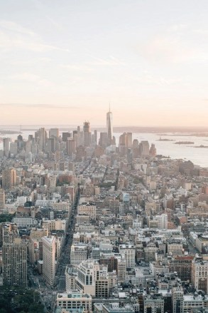 Manhattan (1) - Perfect 2 Days In New York Itinerary For First Time Visitors - A World to Travel