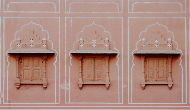 Window detail - Fun Budget Things To Do In Jaipur - A Budget Guide To The City - A World to Travel