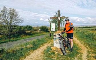 Etapa 2 - Astorga Ponferrada - Camino en bici - A World to Travel (1)