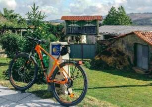 Etapa 6 - Melide Santiago de Compostela - El camino en bici con Tee Travel - A World to Travel (2)