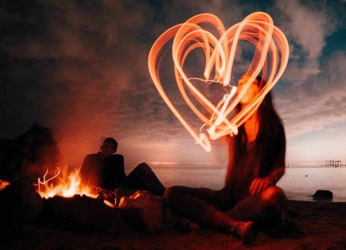 Heart shaped light painting - Island Photography ideas - A World to Travel