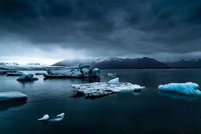 Jokulsarlon lake - A World to Travel