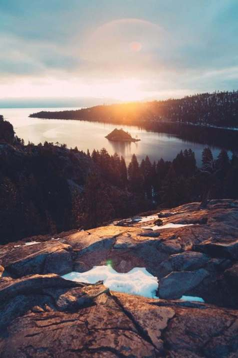 Lake Tahoe viewpoint - A World to Travel