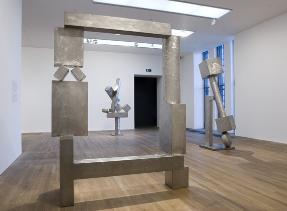 David Smith, Installation View at Tate Modern, Room 10, 2006