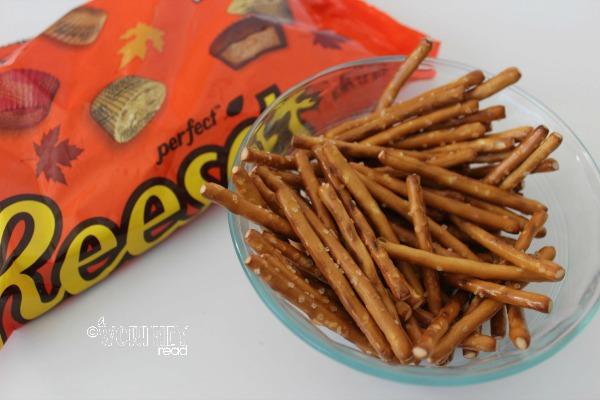 easy halloween treat pretzel bones