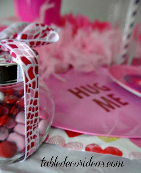 Owl Be Your Valentine Table Decor Idea