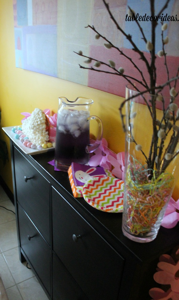 easter side table decor