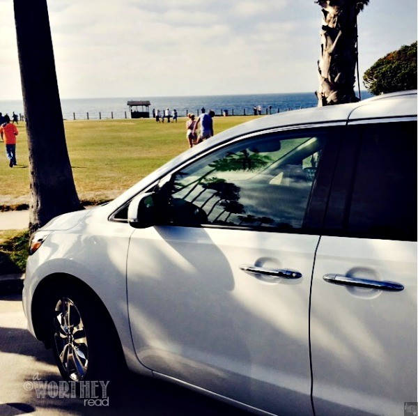 Kia Sedona at La Jolla Beach