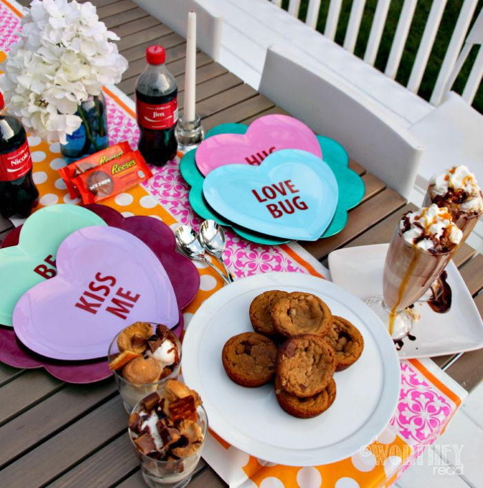 REESES Share Your Summer Date Night Idea