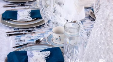Blue & White Winter Wonderland Tablescape-28