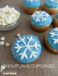 Winter Snowflake Cupcakes