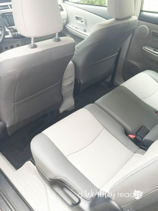 2016 Toyota Prius V5-3