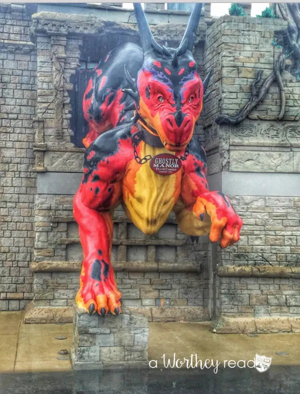 Ghostly Thrill Manor Center- family friend things to do in Sandusky