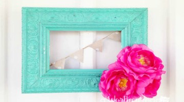 I love taking old junk and creating something new. Here's an easy upcycled DIY project to try this weekend. Upcycled Picture Frame Wreath