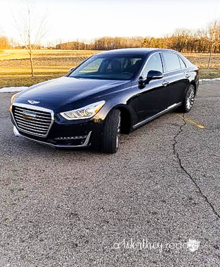 Genesis G90 Luxury Family Car
