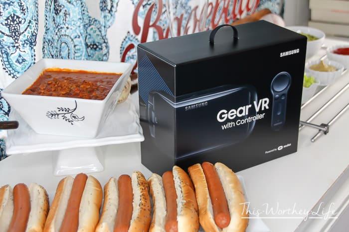 Hot Dog Bar + MLB + Samsung VR-15