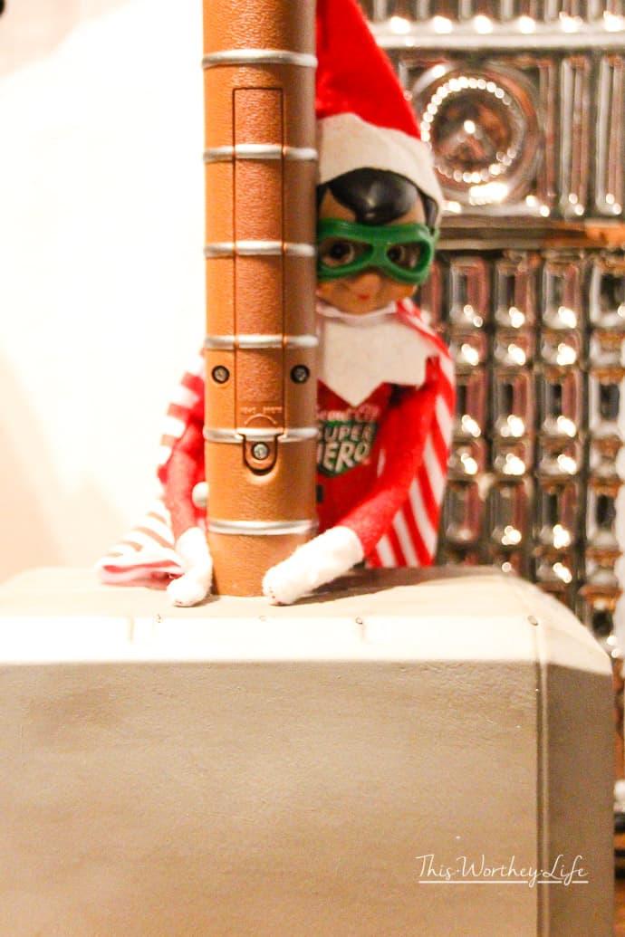 Elf on the Shelf- Thor Ragnarok