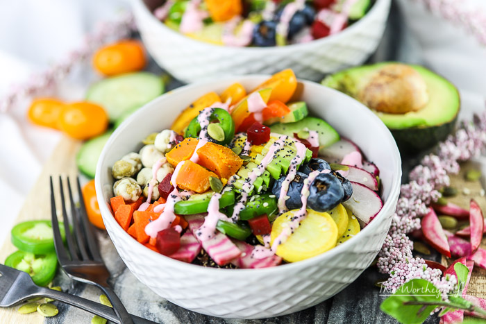 Buddha Bowls are pretty popular these days. Do you know how to make a Buddha Bowl? We're sharing tips on how to make a Buddha bowl. We made a Black Quinoa Vegetarian Buddha Bowl with a Beet Vinaigrette Yogurt Drizzle! It's super healthy and delicious.