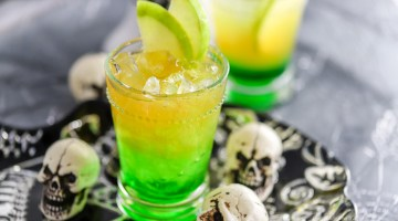 Kid-Friendly Halloween Drink: Green Apple Cider Lemonade