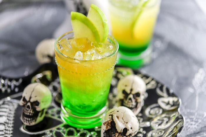 Kid-Friendly Halloween Drink: Green Apple Cider Lemonade