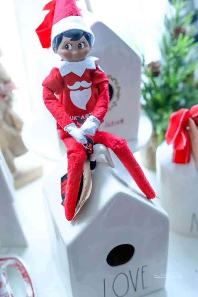 Elf on the Shelf says goodbye
