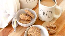 Muesli Chocolate Chip Cookies