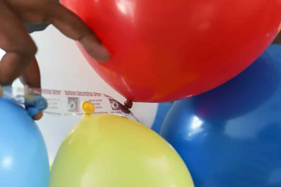 Directions on putting together a Toy Story Balloon Garland