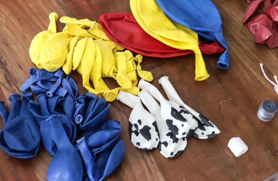 DIY Balloon Garland Toy Story Theme
