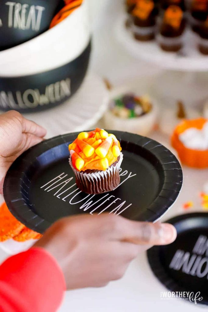 treat ideas for a Halloween event