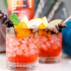 a spooktacular Halloween drink for everyone.