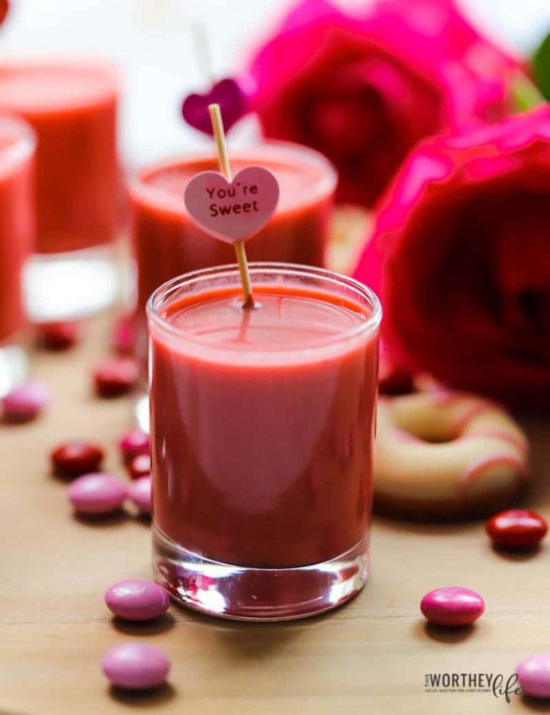 the red velvet cake cocktail