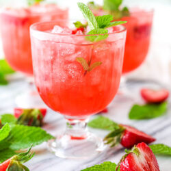 the best strawberry drinks
