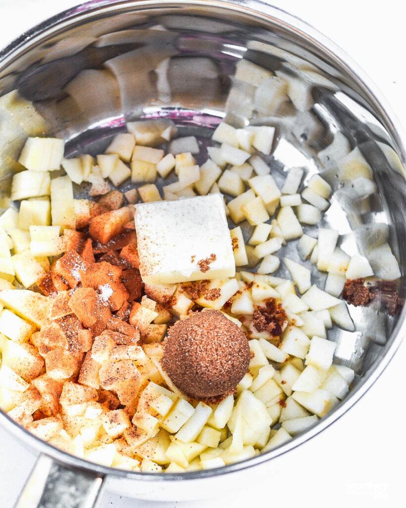 ingredients for apple milkshake in a pan