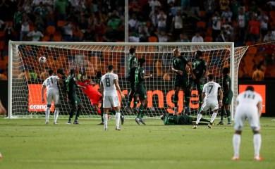 صور لم تروها من مبارة الجزائر ضد نيجيريا